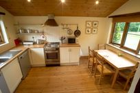 Chittlehampton Farm - Apple Cottage  Image 6