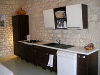 Chateau de Chargé - fully equipped fitted kitchen