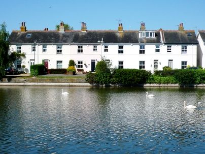 Family Friendly Holidays at Emsworth Cottage