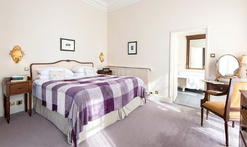 The Elms - Family Suite Image 3