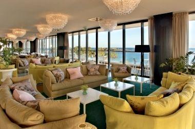 formal restaurant lounge