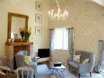 Vionnet suite open plan living area