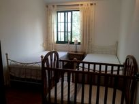 Twin room with room for a cot