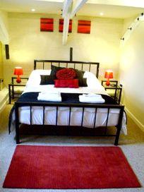 Granary Bedroom 1