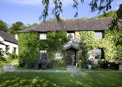 Family Friendly Holidays at Clydey Cottages - Bramble Cottage