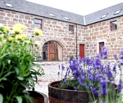 Family Friendly Holidays at Dairy Cottages - Simmental