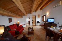 Casa Mogliano  - Apartment Two Image 3