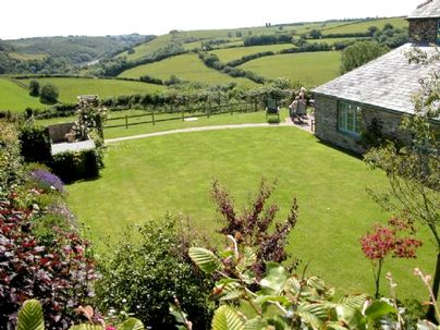 Family Friendly Holidays at Treworgey Cottages - Lois' Cottage