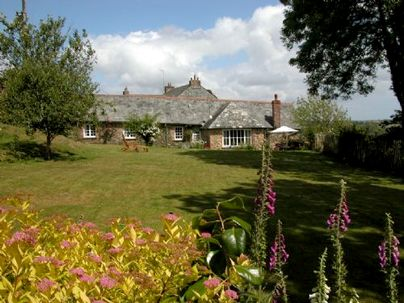 Family Friendly Holidays at Treworgey Cottages - Secret Garden