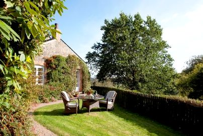 Family Friendly Holidays at Treworgey Cottages - Honeysuckle