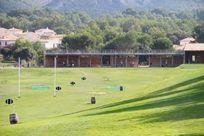 24 Stage golf driving range