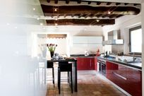Designer kitchen with 2 dishwashers