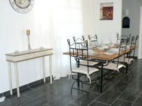 Dining Area for six ample space to enjoy a nice relaxing lunch or dinner