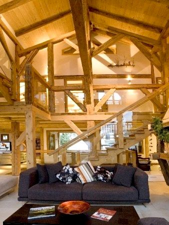 Sky Chalet - Family Suite Image 10
