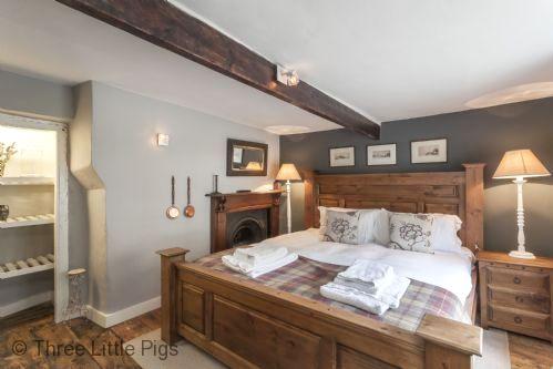 Three Little Pigs Luxury Cottage Image 12