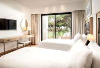Pine Cliffs Resort - Premium Ocean Suite 3 Bedroom Image 11