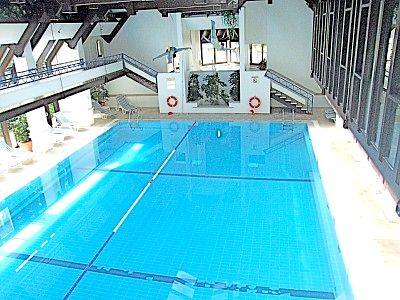 Pine Cliffs indoor pool with jacuzzi, sauna and steam room - ideal for coolish days