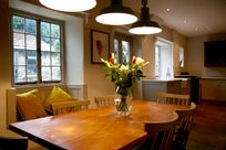Dining area for up to 8 people