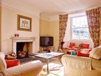 Flear House lounge