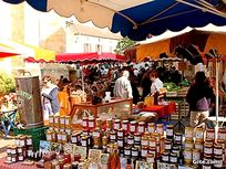 Prayssac Market Friday morning not to be missed - fabulous local fresh produce - 20mins away!