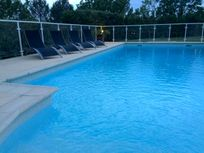 Pool evening - pic 1