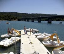 Pedalo boat hire - 10 mins away