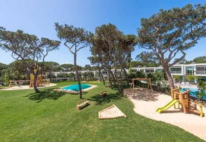 Family Friendly Holidays at Martinhal Cascais - Grand Deluxe Villa+Bunks