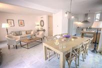 La Maison du Vigneron Lounge/Diner
