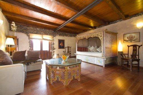 Eco Luxury Villa lounge