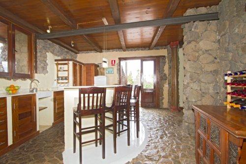 Eco Luxury Villa kitchen