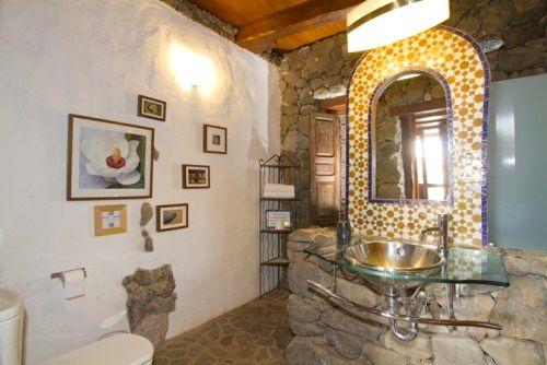 Eco Luxury Villa Bathroom