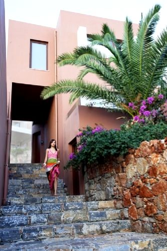 Domes of Elounda-Premium Suite Garden View Image 3