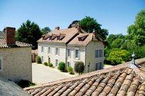 Manoir du Moulin - Maple Family Room  Image 4