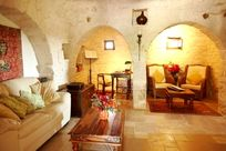 Trullo (east wing) Character Snug, with flatscreen TV, DVD, Hi fi and Wifi