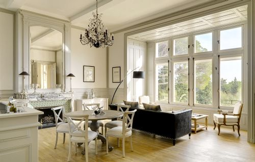 Les Carrasses - Le Grand Salon Image 1