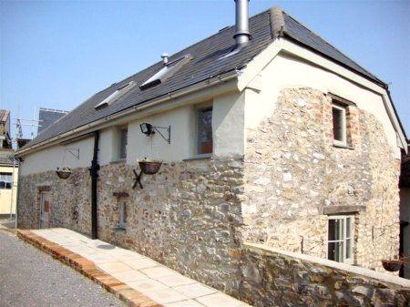 Stonehayes Farm - Cider House Image 1