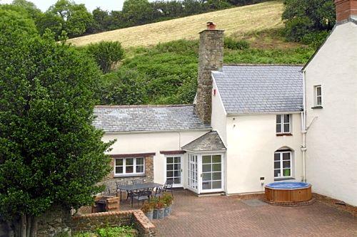 The Old Farmhouse Image 2