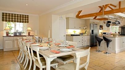 Family Friendly Holidays at Bruern Cottages - Weir House