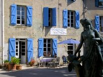18th century holiday cottage and B&B on the peaceful village square