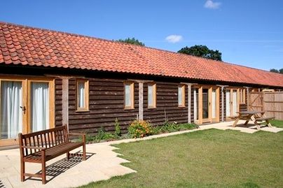Family Friendly Holidays at North Farm Cottages - Kingfisher Cottage at North Farm