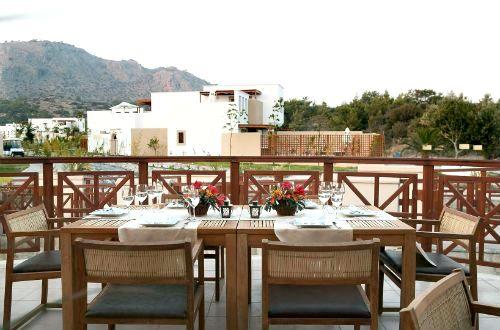Lindian Village - Mediterraneo Family Room Image 3