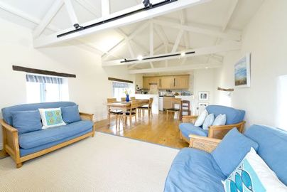 Family Friendly Holidays at Bude Farm Cottages - Oyster