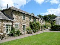 Mill House (Sleeps 4 + Cot) Image 2
