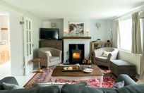 Cosy lounge with space for all the family.