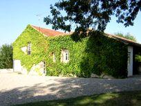 Cabanes Image 3