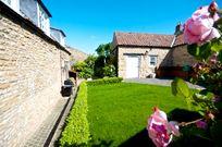 Yew Tree Cottage Image 3