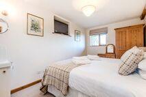 Glyndwr superking main bedroom