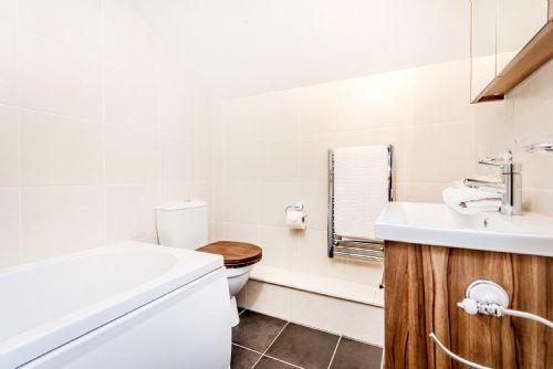 Madog rainfall shower bathroom and underfloor heating