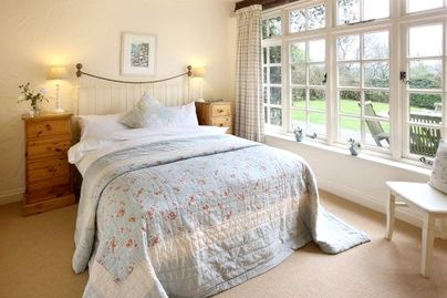 Family Friendly Holidays at Glynn Barton Cottages - Tack Room (Sleeps 2 + Cot)