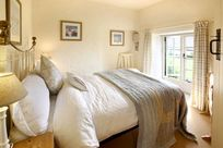 Old Stables (Sleeps 6 + Cot) Image 10